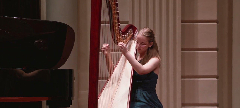Megan van Uffelen won de derde prijs en de publieksprijs op het London Young Musician of the Year concours