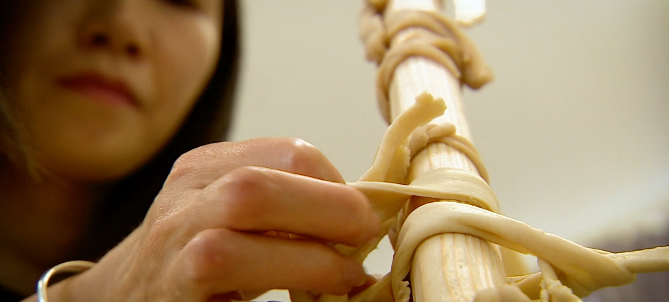 Qiongge Yan: building memories with noodles and rice