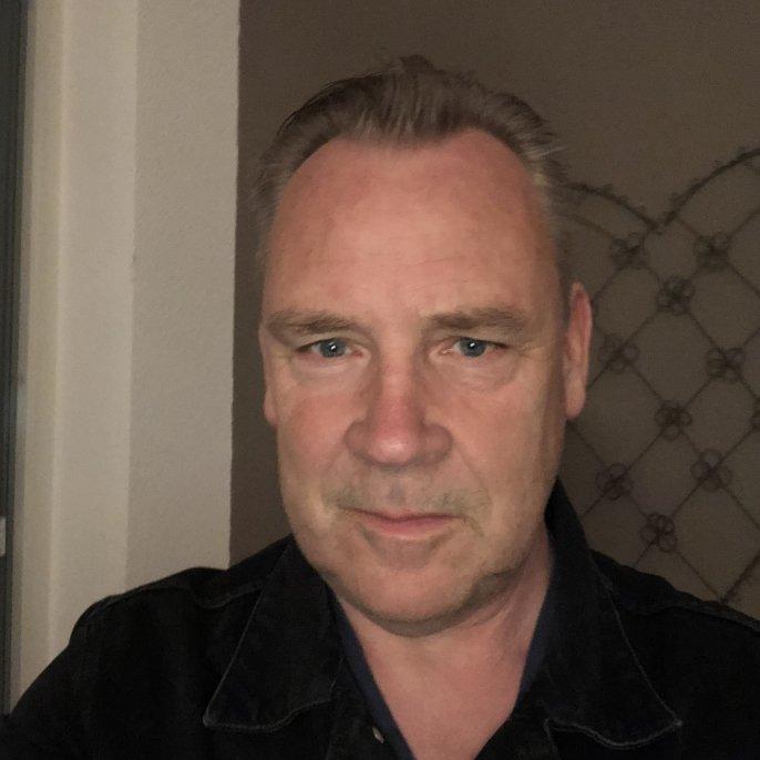 Henk  Pool