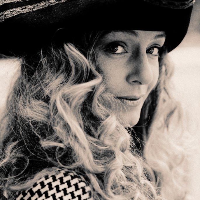 Sarah Fairfield  / Anneloes Verveld