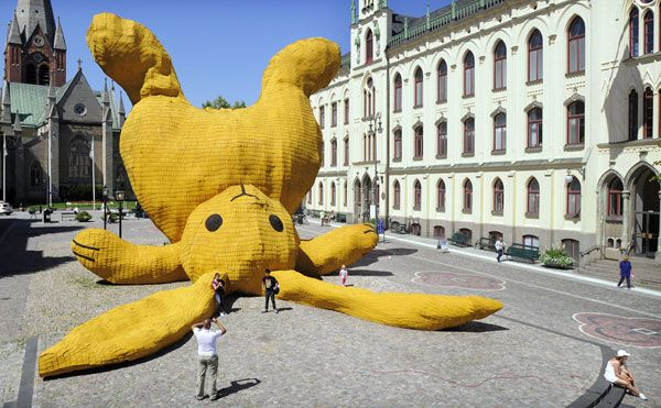 Big Yellow Rabbit, door oud-student Florentijn Hofman